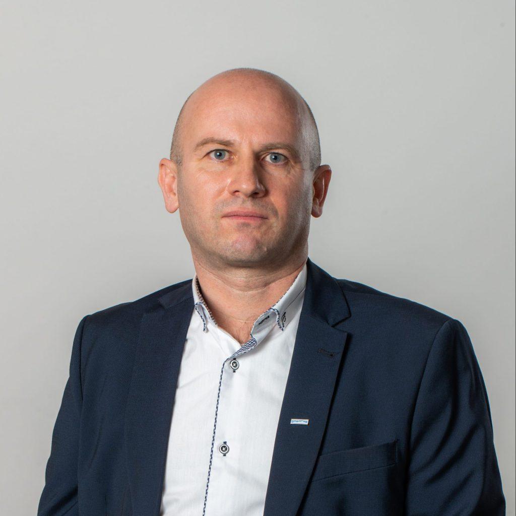 Szabó Gábor Ügyvezető